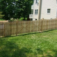 Narrow Spaced Colonial Picket