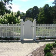"""Cedar Victorian Picket with 9"""" Gate Posts and Solid Gate"""
