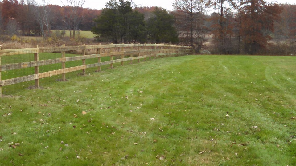 3 Rail Horse Fence With Wire