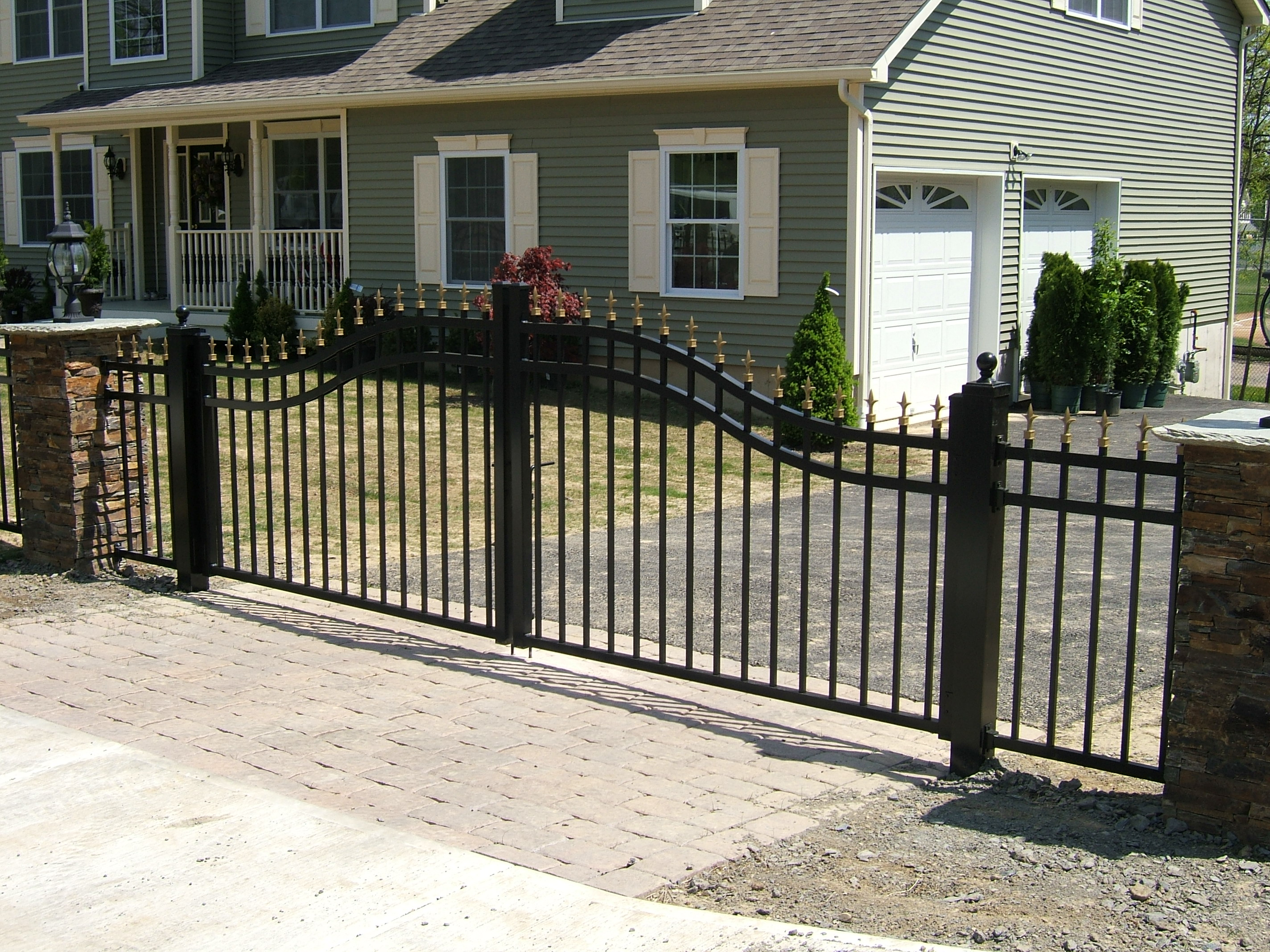 Estate Gate