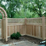 Tongue and Groove with 2′ Custom Lattice Gate and Arbor