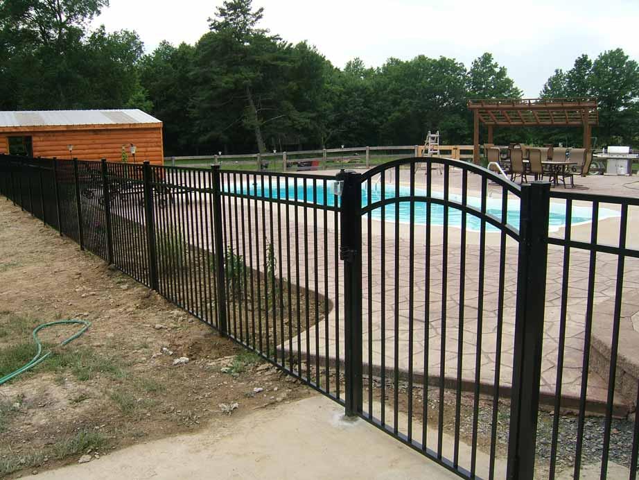 Vanguard E-2 Pool Fence